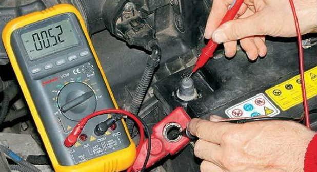 Как проверить проводку в автомобиле мультиметром