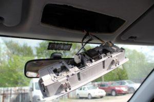 Подключение видеорегистратора в плафон