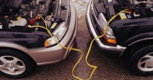 Как прикурить автомобиль от другого автомобиля