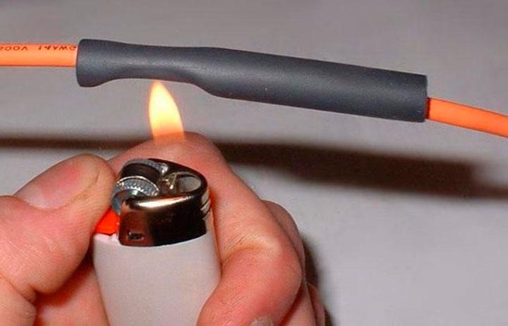 Нагрев термоусадочной трубки зажигалкой
