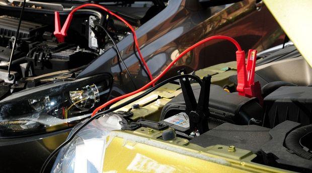 Завод аккумулятор от другого автомобиля